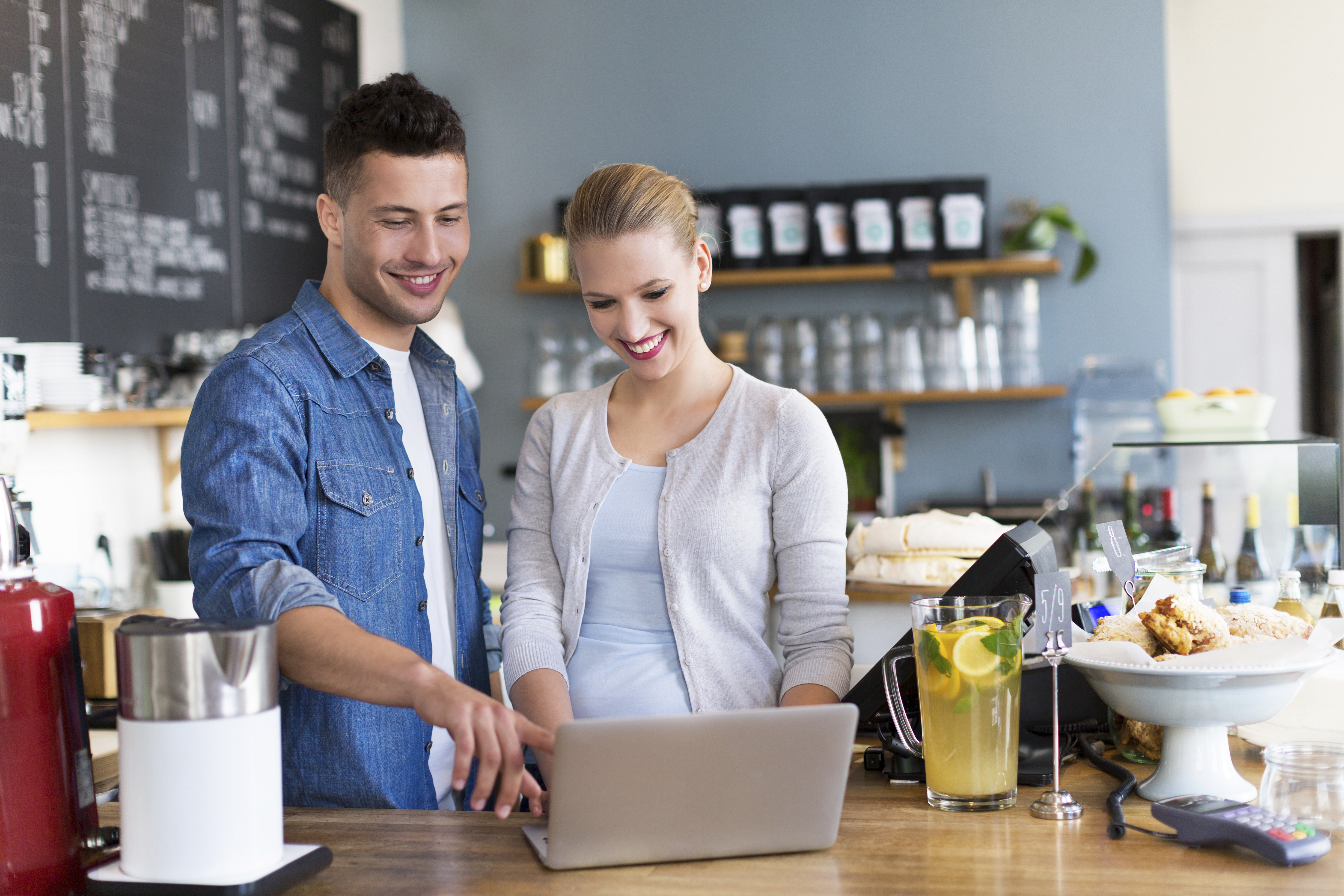 issues affecting small business - HD1600×1067