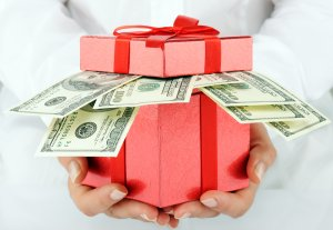 taxable gift, nontaxable gift, gift tax, IRS, tax return, gift reporting